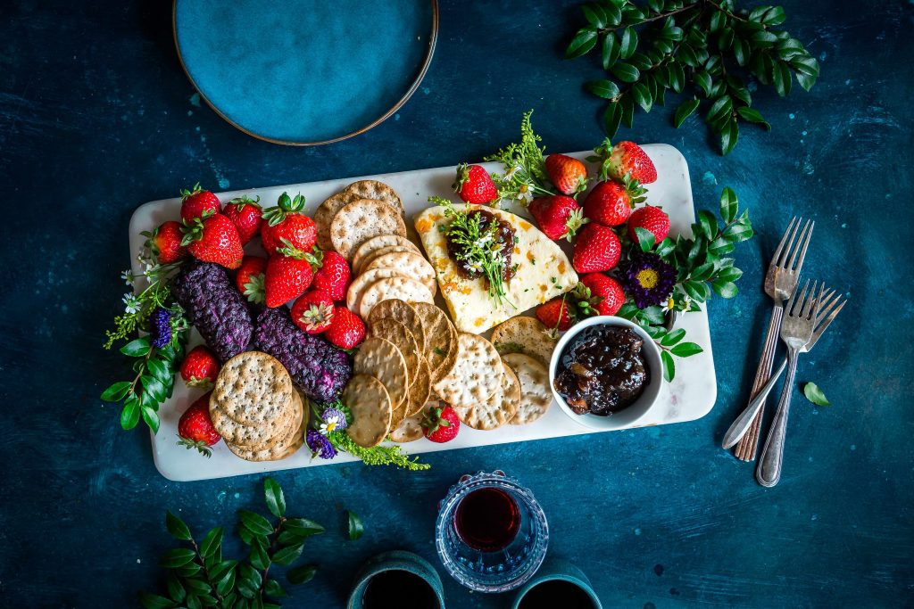 berries and crackers