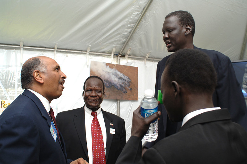 Manute Bol at a Save Darfur event in 2006